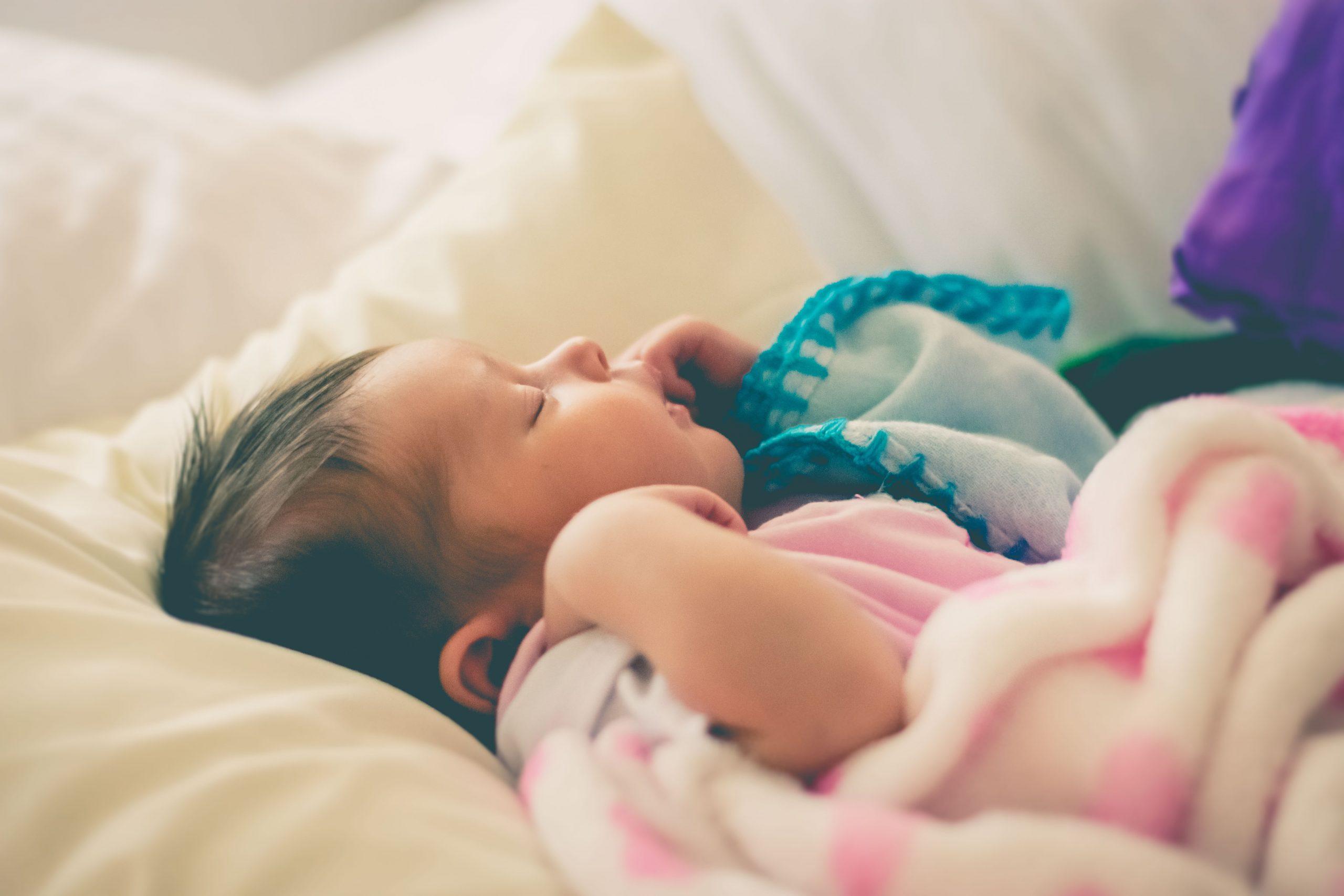 Nos conseils pour aider bébé à faire ses nuits